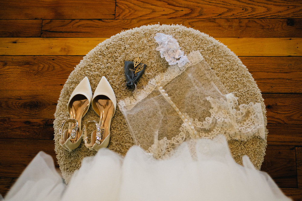 Nashville_Wedding_Photography_Mint_Springs_08.jpg
