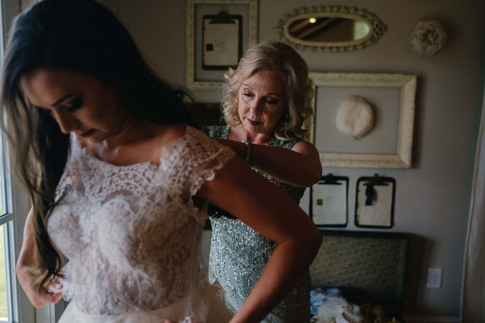 Nashville_Wedding_Photography_Mint_Springs_15.jpg