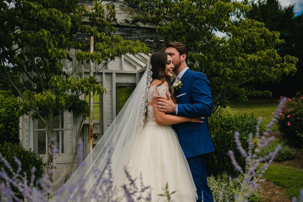 Nashville_Wedding_Photography_Mint_Springs_28.jpg