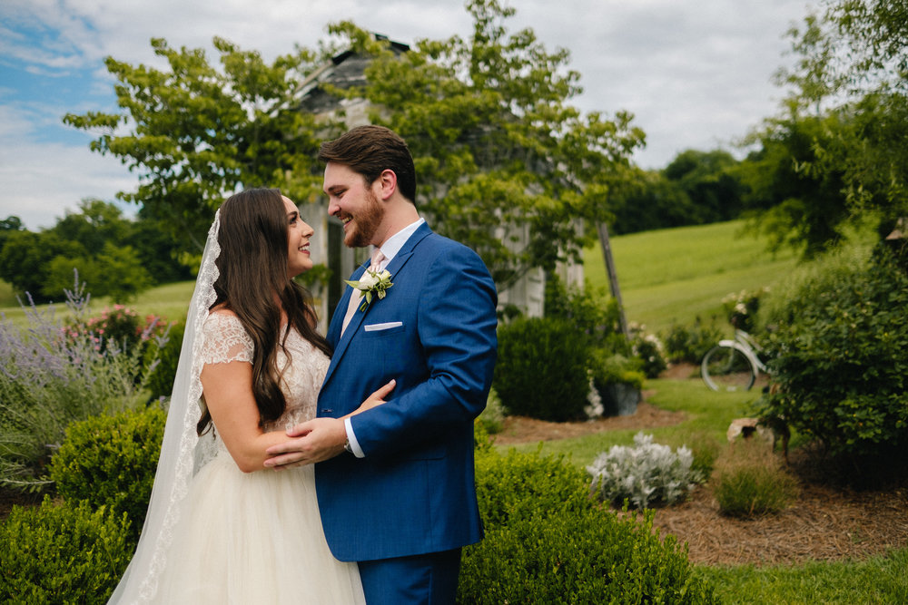 Nashville_Wedding_Photography_Mint_Springs_33.jpg