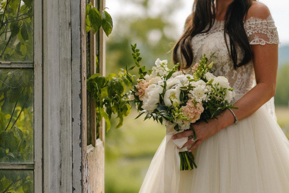 Nashville_Wedding_Photography_Mint_Springs_36.jpg