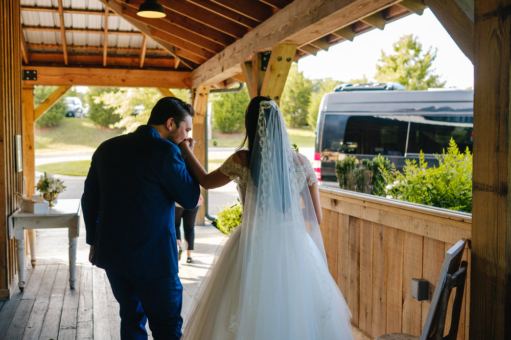 Nashville_Wedding_Photography_Mint_Springs_62.jpg