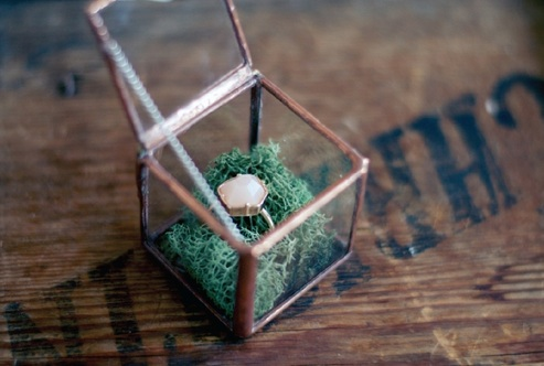 1145    Boite à bagues en cuivre/Copper Ring Box    1