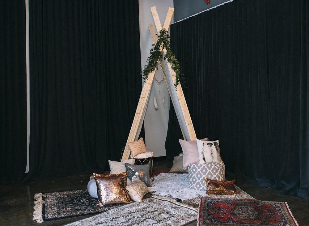 1167    Tente / Tent    1