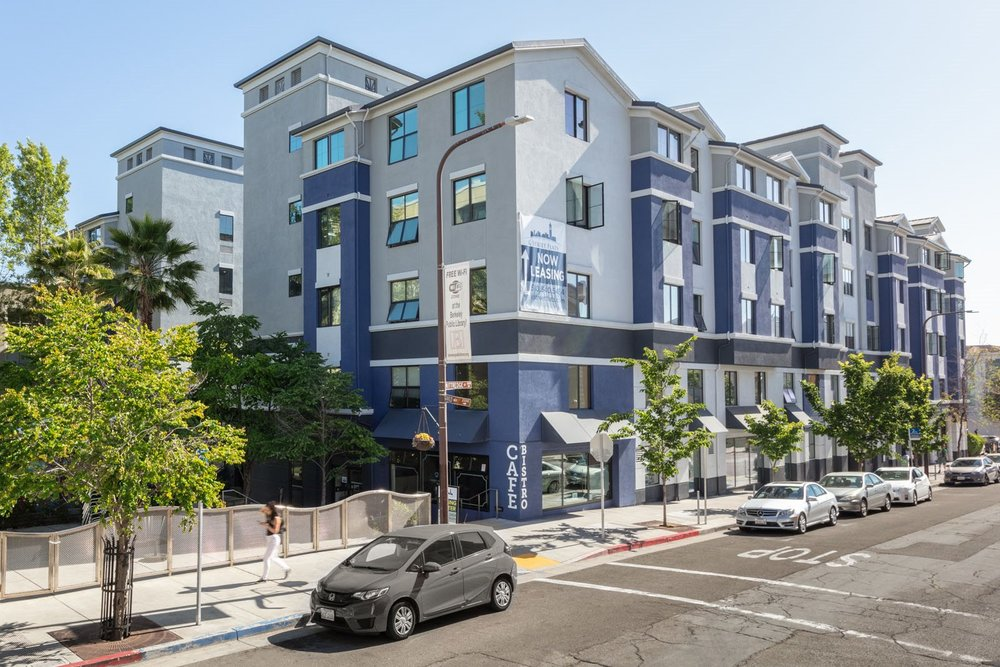 Prime Location, Quality Amenities (Gem of Downtown)