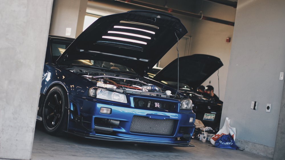 BNR34 Skyline GTR pit CW collective.jpg