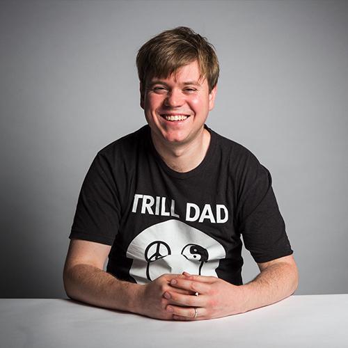 Andrew Levins <br> Moderator,Spotify Talks