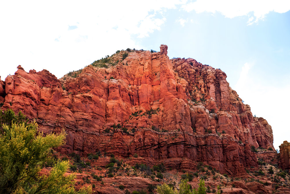Sedona_Scenecroute_Arizona_Cathedralrock_travelphotography_jbogerphotography (4).jpg