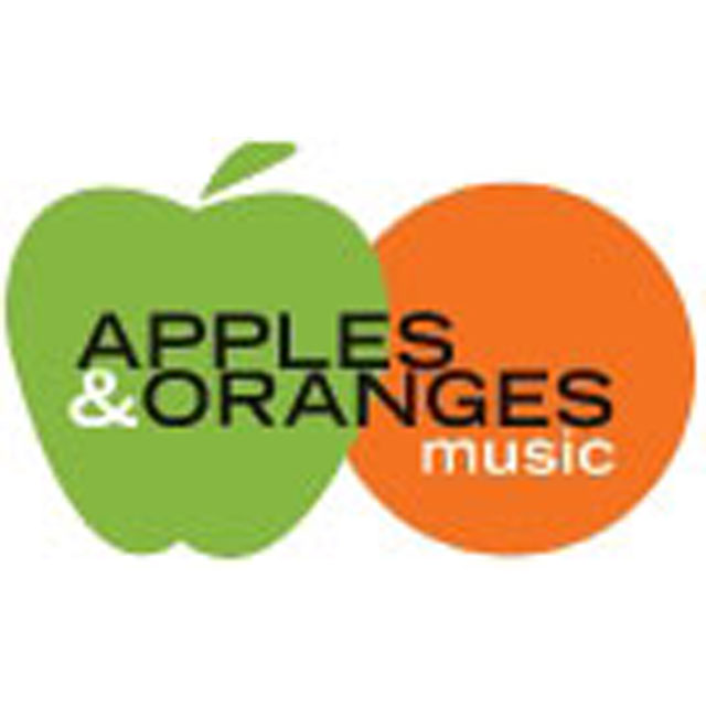 apple&orange.jpg