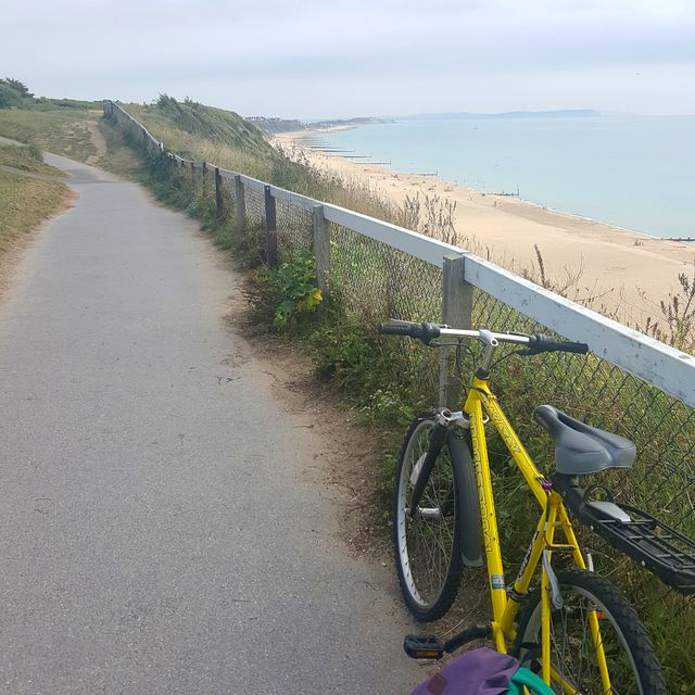 9:00 am  - Hiya, @natashadurley here! My typical day starts with a beachfront morning commute, I can't complain - although the seat of my bike is stuck on the lowest setting which isn't great. I love living by the sea and seeing this beautiful beach as I cycle to the studio. Thanks Bournemouth.