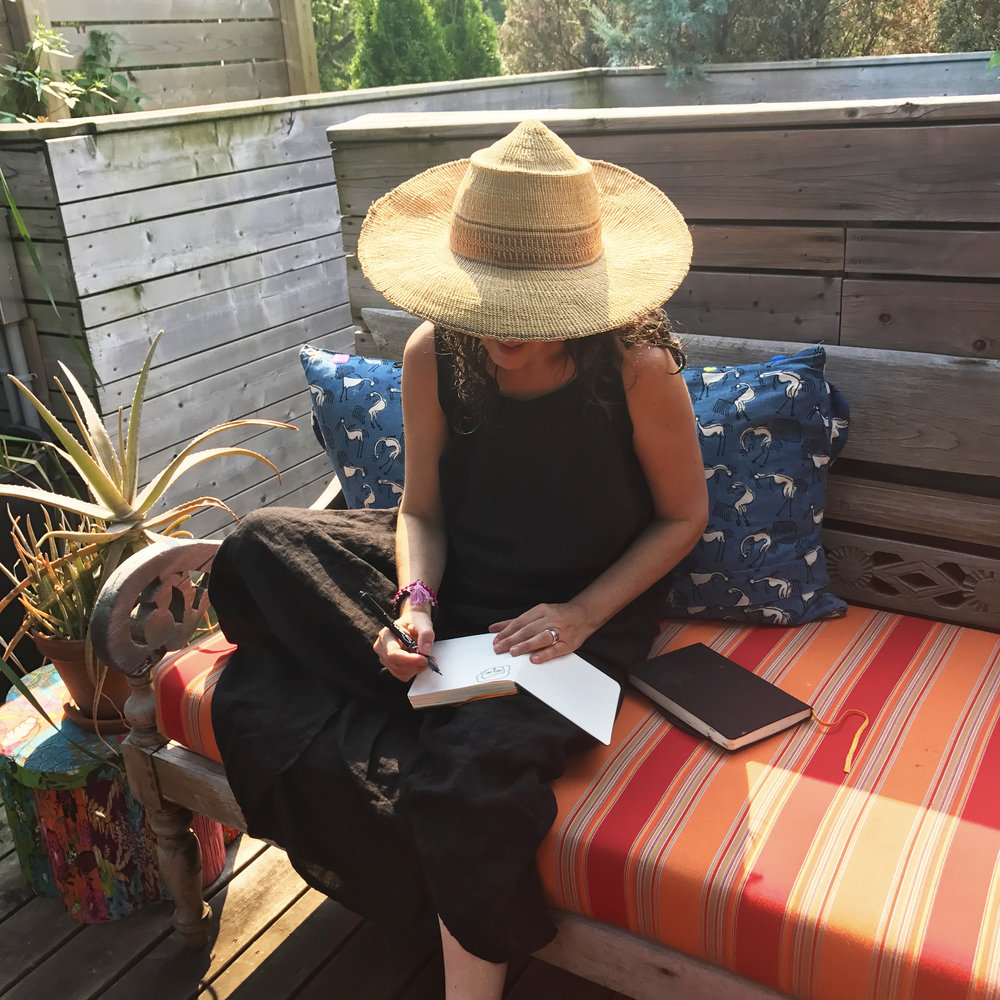 9:00 am   - Hi! I'm Carolyn @carolynj and I'm taking over the Ohh Deer Instagram feed for today. Hope you follow along (-: On a summers day I sometimes sketch outside on our 3rd floor deck. It's an inspiring space with lots of Aloes, flowers and veggies.