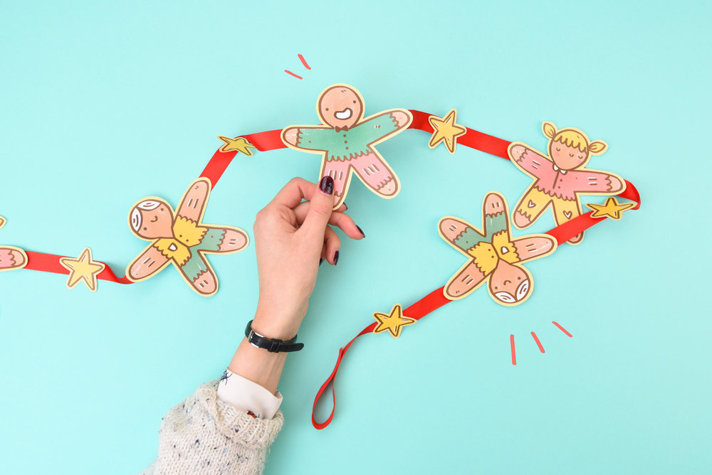 Gingerbread-Garland.jpg