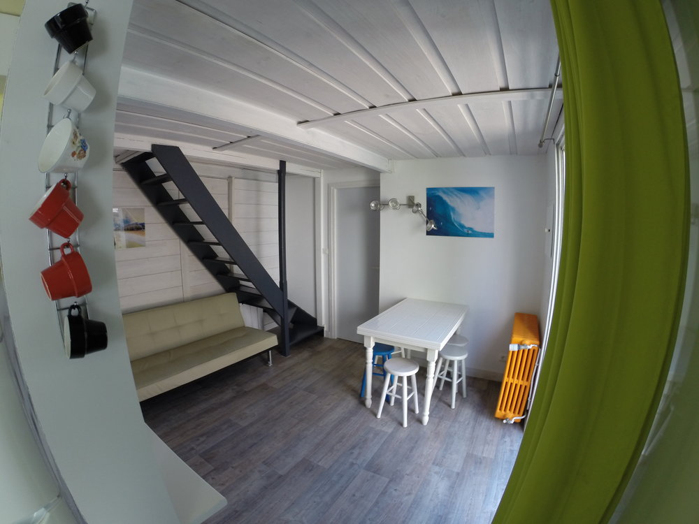 surf camp biarritz Maison Surf House, la cote des basques - salon