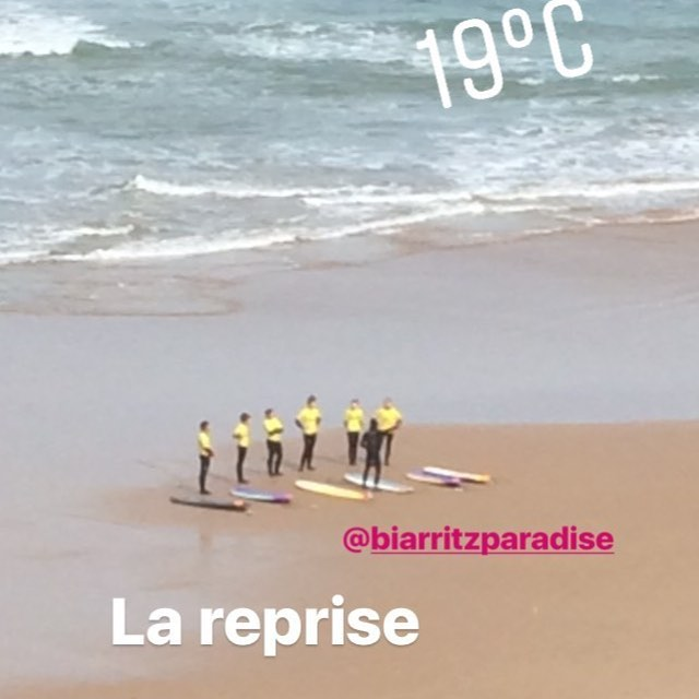 Joyeuse pâque !! Premier cours de l année sous le soleil !! Happy easter !! First session of the year !! Let s go!! #happyeaster #joyeusespâques #surfing  #ecoledesurfdebiarritz #biarritzsurfschool  #coursdesurf