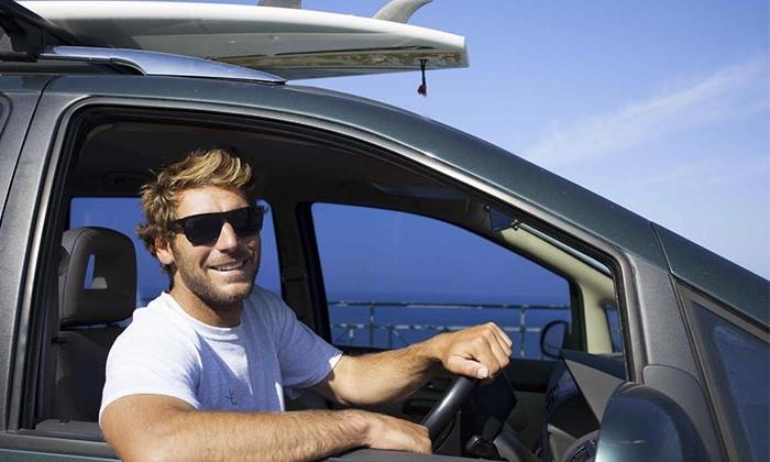 Surfer avec un guide -