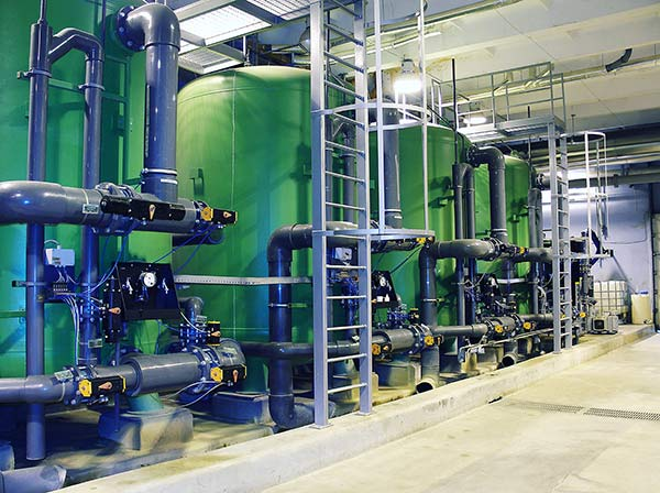 Industrial processes - Concentration and recovery of multiple products using forward osmosis, ammonia stripping and other membrane technologies.