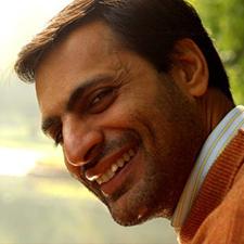 Ravi GulatiFounder, Manzil -