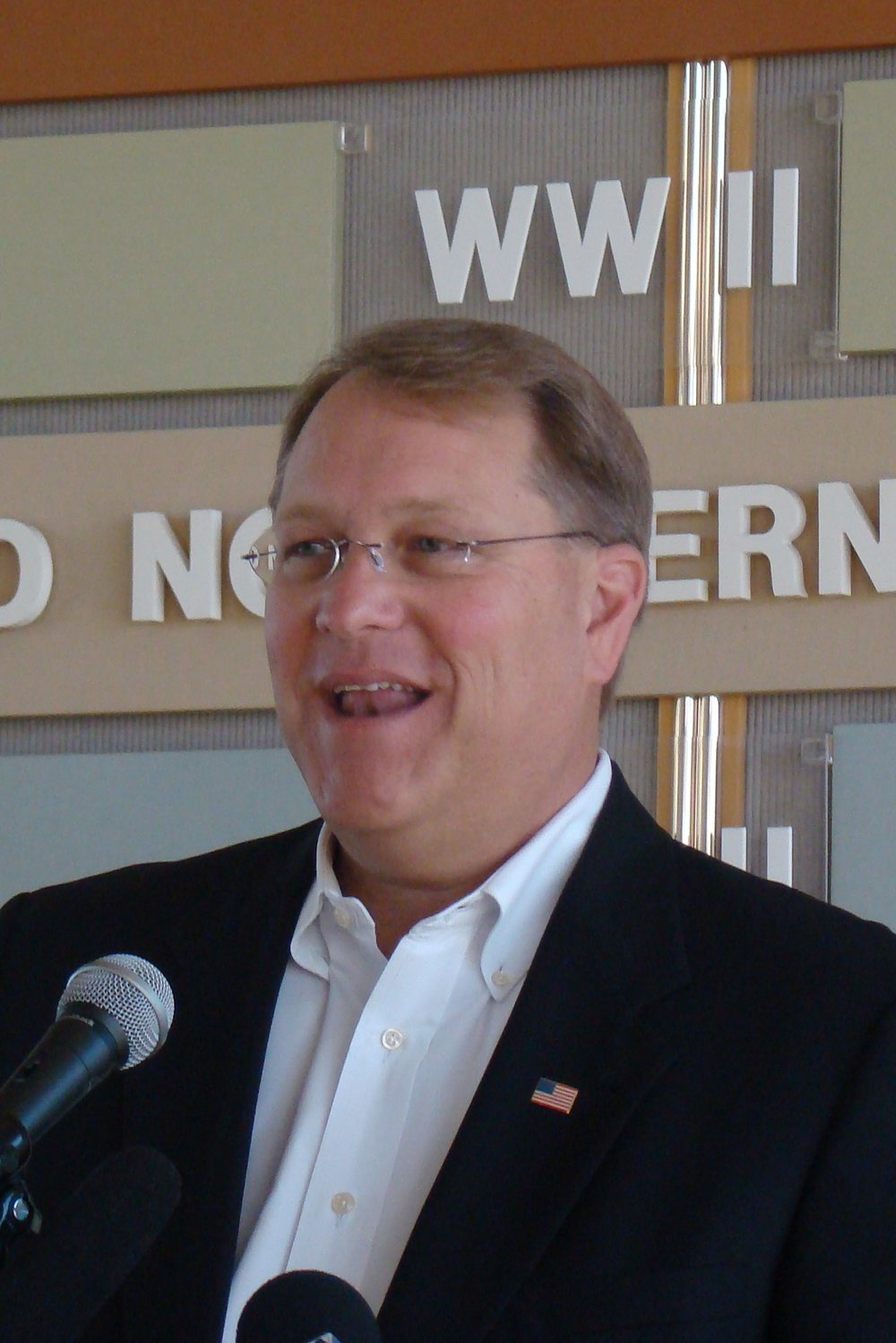 Mayor Bill Foster - 1, 14 Mar '12.JPG