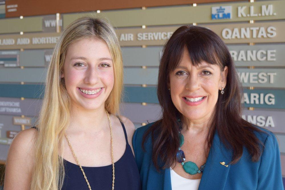Samantha Burkart & Alison Hoefler @ SPMOH, 5 Nov '15.JPG