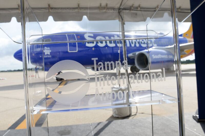 Podium & SWA 737 prior to Press Confeence, 20 May '16.jpg