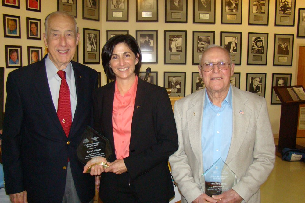 Dick Newton with Nicole Stott and Nephew of Thomas W. Benoist after FAHOF Induction Ceremony, 28 Jan '12.JPG
