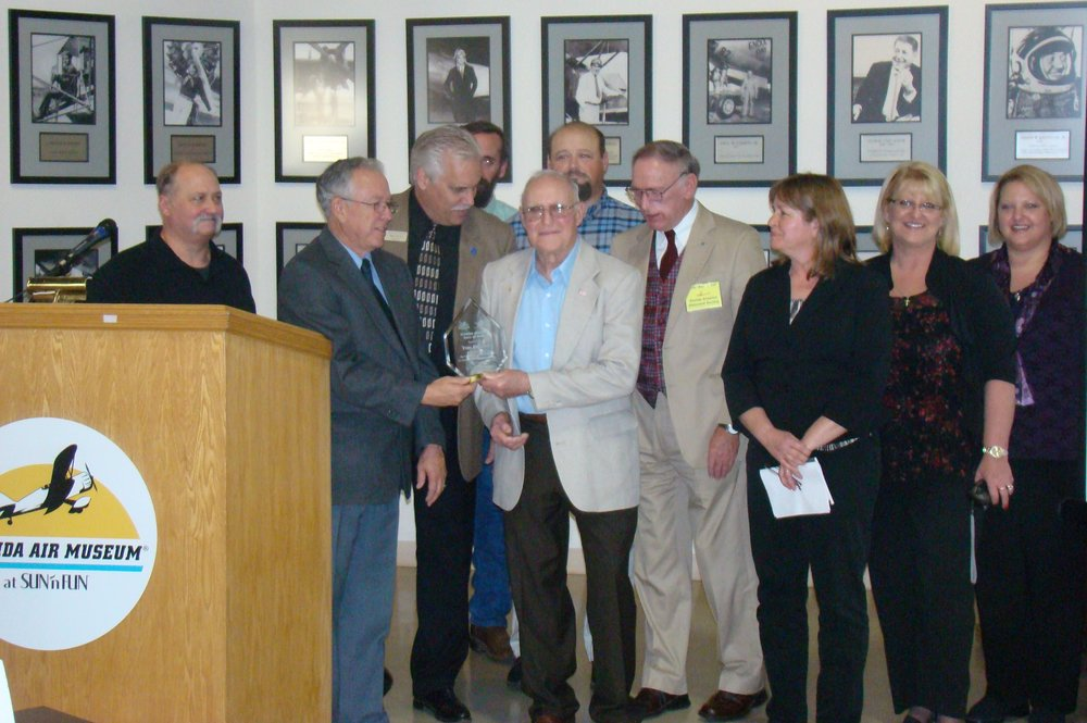 Presentation to Family of Thomas W. Benoist, 28 Jan '12.JPG