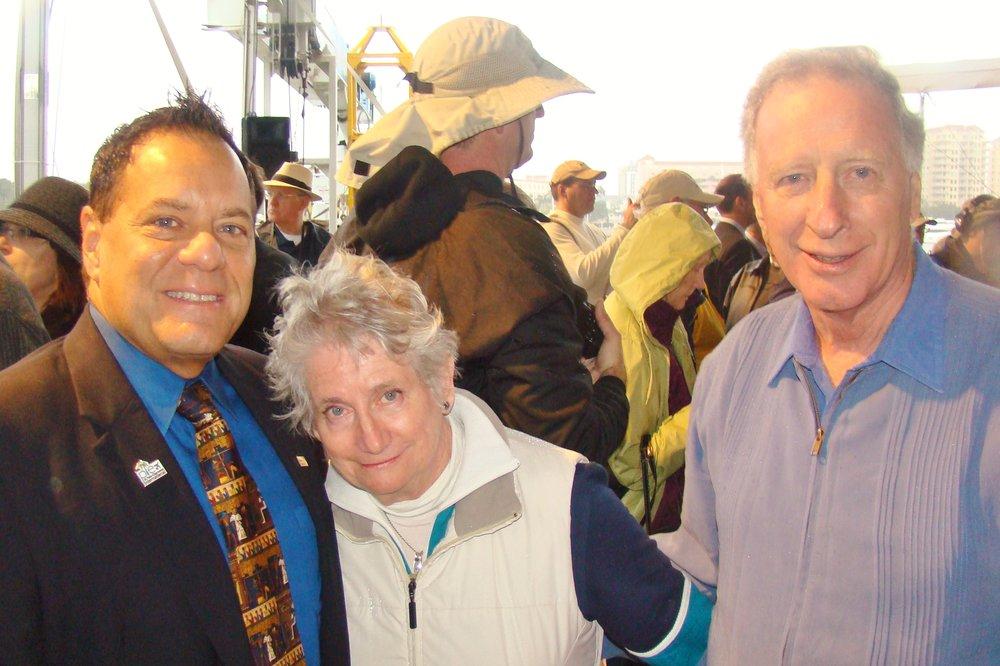 Commissioner John Morroni, Pan & Colin Howgill - 1, 1 Jan '14.JPG