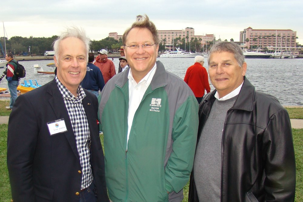 Dick Newton, Mayor Bill Foster & Councilman Bill Dudley - 1, 1 Jan '14.JPG