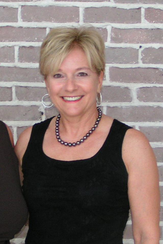Bonnie Reitz @ VIP Reception, 24 Oct '07.jpg