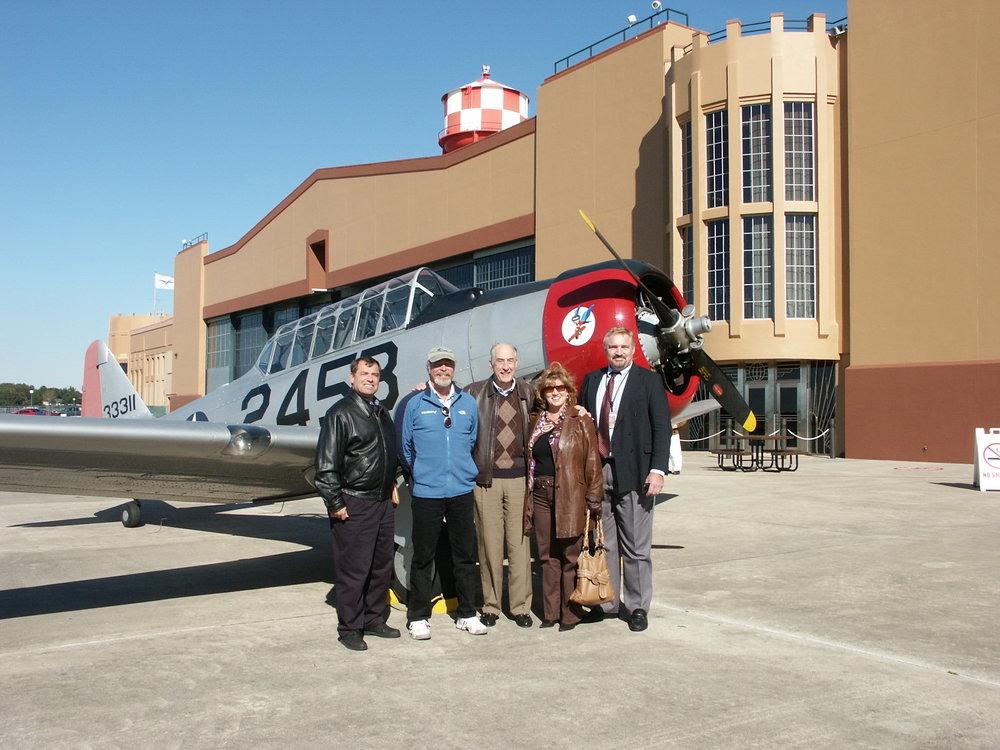 Tanker Snyder, Kermit Weeks, Me, Colleen Picard & John Dahl - 3, 6 Jan '10.jpg