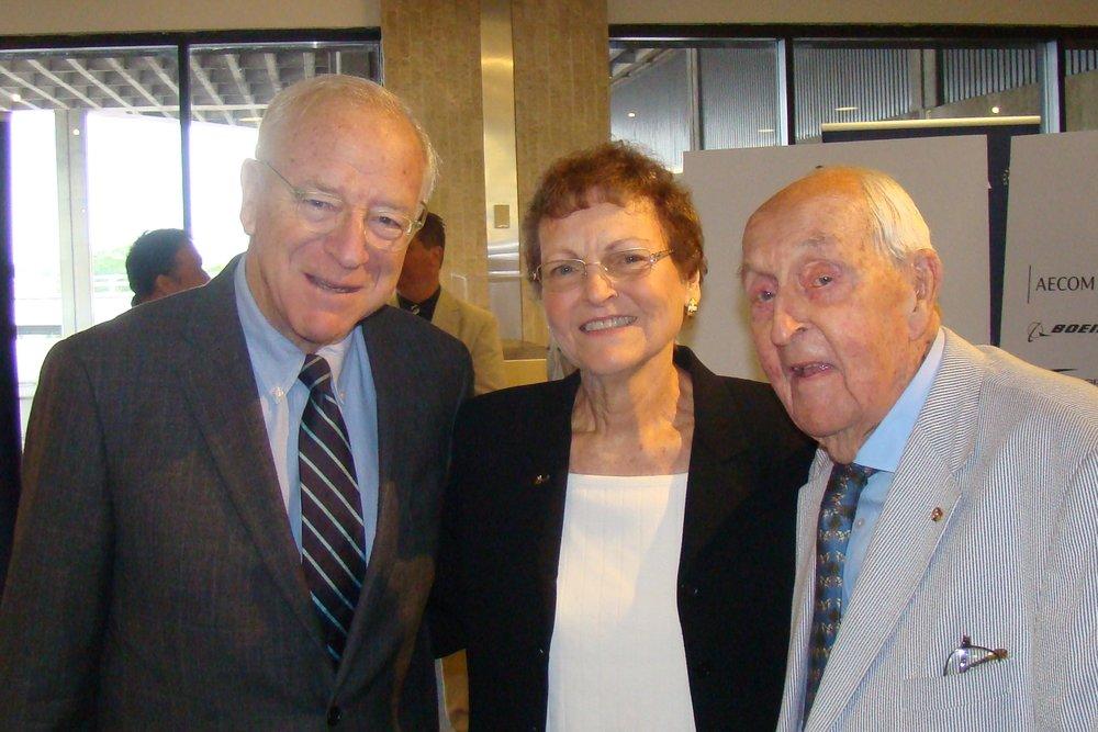 Bronson Thayer, Kim Michael & Sir Lenox Hewitt - 1, 15 Nov '13.JPG