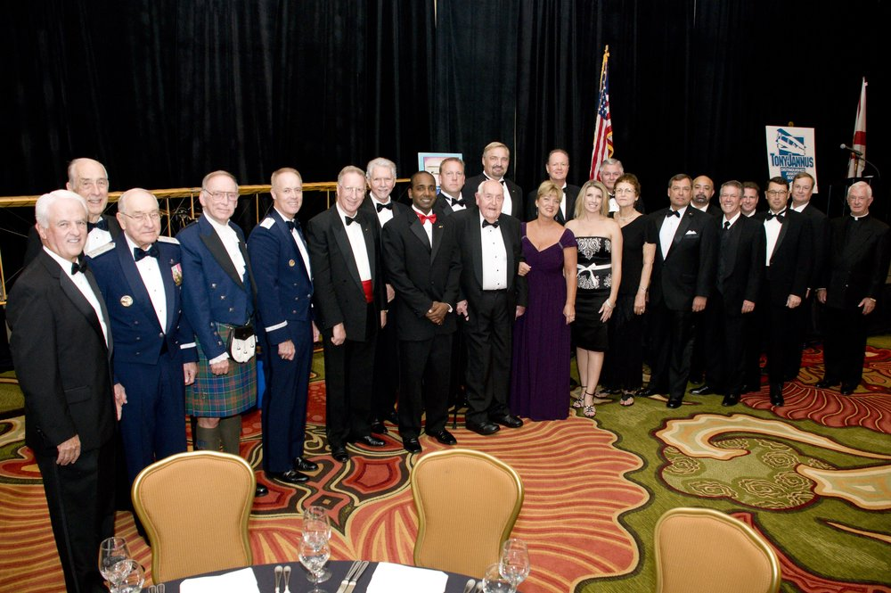 Board Members & Prior-Year Award Recipients - 1, 29 Oct '10.jpg