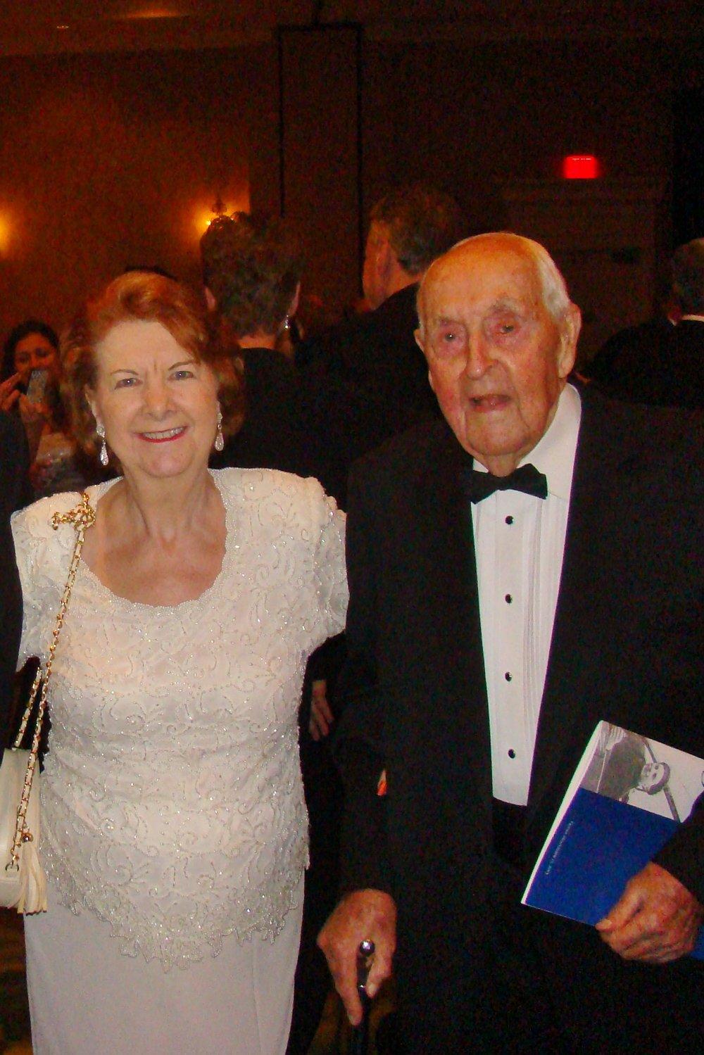 Dorothy Derrick & Sir Lenox Hewitt, 15 Nov '13.JPG