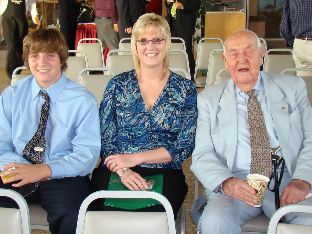 James Orso, Mrs. Orso & Sir Lenox Hewitt, 29 Oct '10.JPG