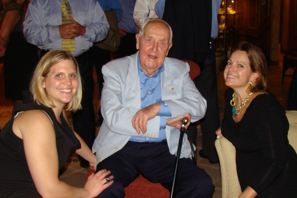 Sir Lenox Hewitt with Lisa Rietman and Lois O'Connor, 28 Oct '10.JPG