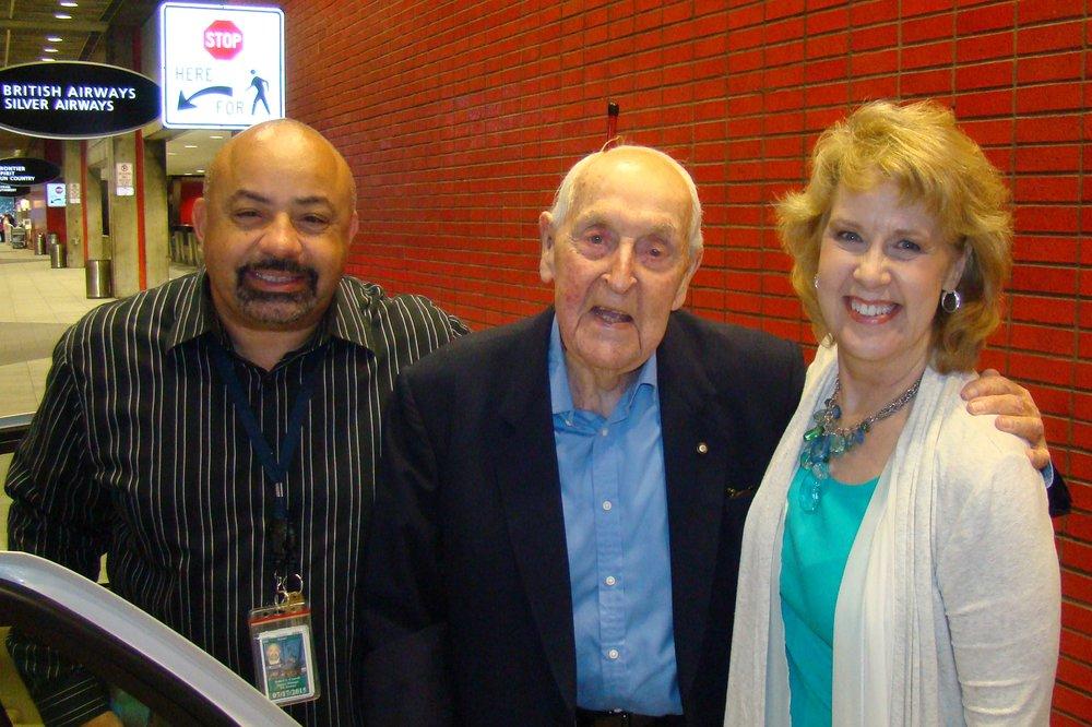 Sir Lenox, Robert Conwell & Kathy Alhwardt, 16 Nov '13.JPG