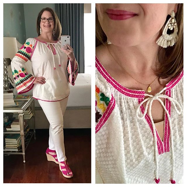 It's been a while since I posted an outfit photo, but I went to a luncheon today and had to wear something besides 🧘🏼‍♀️ clothes. 🤣 I got this top last weekend in #fredericksburg. I saw it in the window and bought it without even trying it on. It's just so me! I'm wearing cabi white jeans for the first time this spring - our weather has been unseasonably cool. I love the Audrey Statement Earrings with the top. You can take the bottom part off and wear the top part as a sparkly stud. Hope you're enjoying your Friday! * * * #kellygartnerstyle #stelladotstyle #personalstylist #cabiaddicts #cabistylechallenge #ootd #fashionover40 #whatiwore #fashionblogger #fashiongram #jewelrylover #jewelrygram #michaelkors #ivyjane #cabiclothing