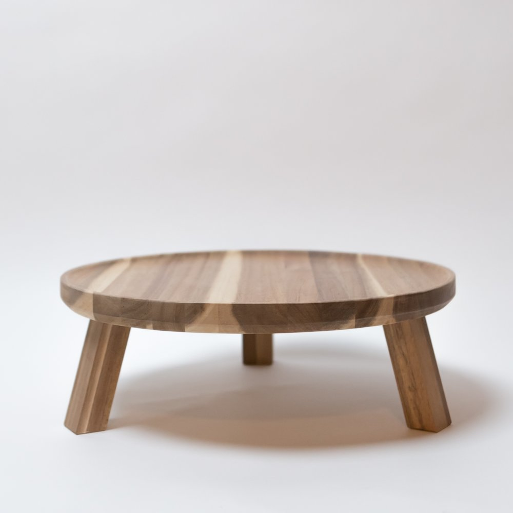 skogsta-platter-with-stand__0365482_PE548257_S4.JPG