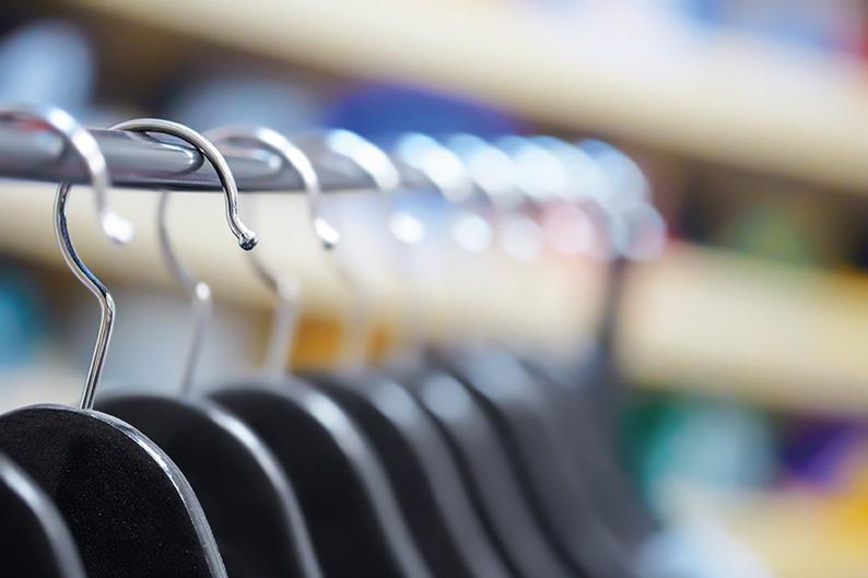 DOB Warengruppen - eFashionGuide untersucht die Performance von Modemarken der DOB in Fashion Web Shops in Deutschland. eFashionGuide generiert dabei täglich hochrelevante Sortimentsdaten in einer Datenbank mit mehr als 200 Mio. Einzeldaten.> weiterlesen