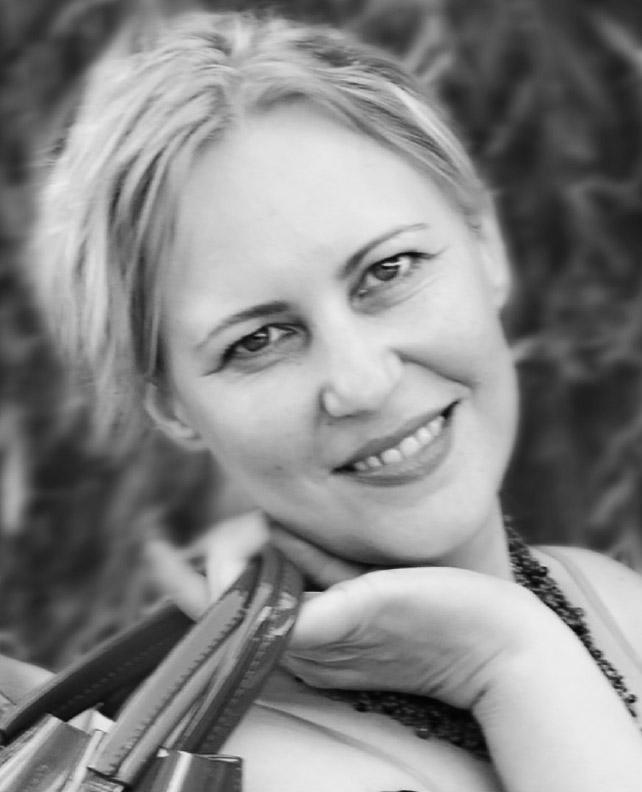 Iryna Golovanova  Business Analystin
