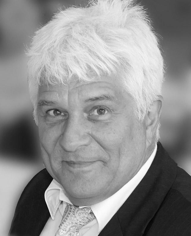 Christian Tessen  Leiter Marketing, Verkauf und Öffentlichkeitsarbeit
