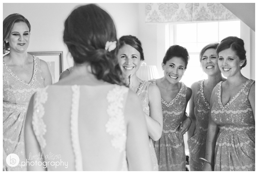 The reaction from Jocelyn's bridesmaids once she was all ready to go for the first look! (I guess this was kind of a bridesmaids first look?)