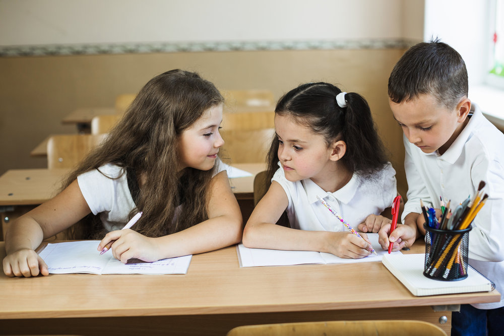 ENROLL YOUR KIDS IN OUR HIGHLY RATED CLASSES.