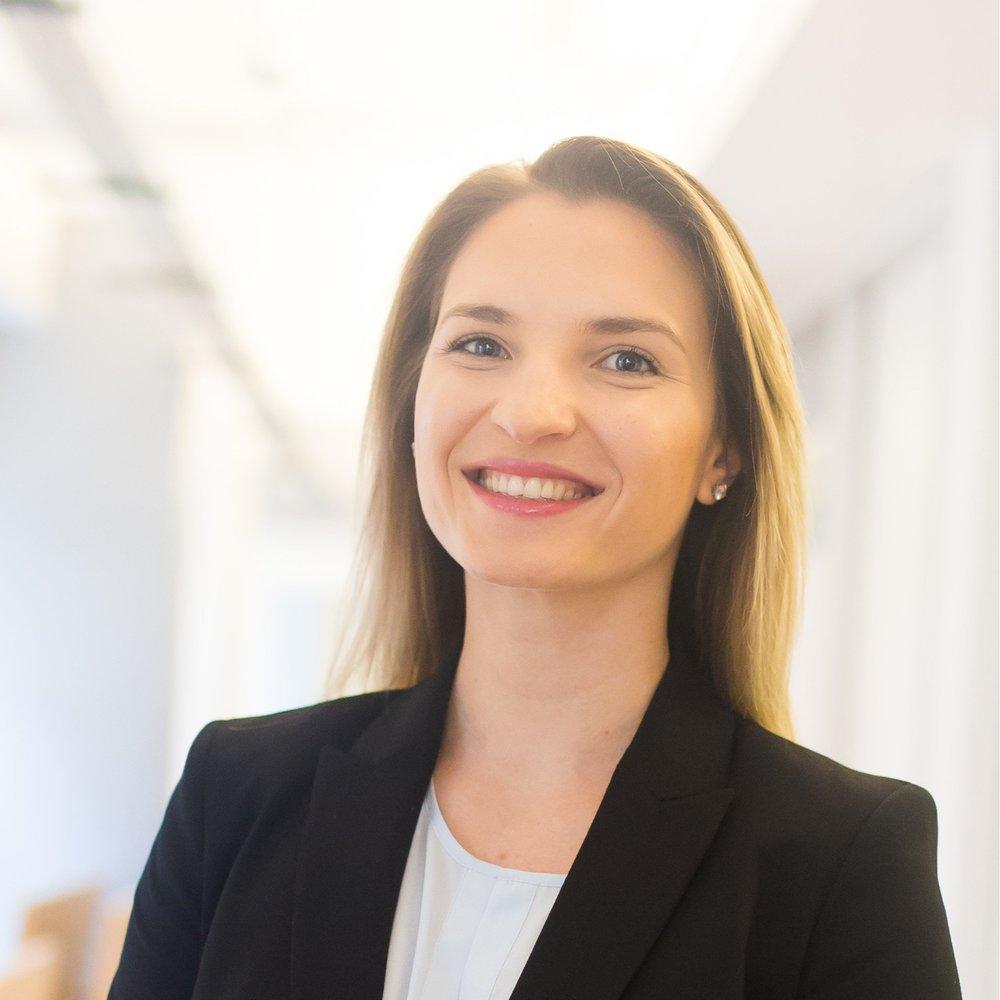 Advisory Consultant Bogdana Sardark
