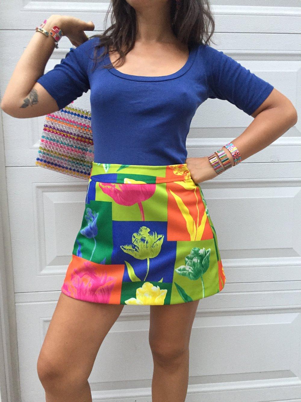 90s does 60s pop art floral mini skirt / raver chic tulip print flower power go go skirt
