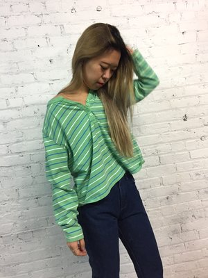 5b88771c9adc88 90 s LL Bean cropped striped top   green stripe henley t shirt   jersey  striped long sleeve boxy tee