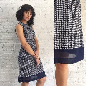 07475624278 1980s navy blue houndstooth sleeveless dress ...