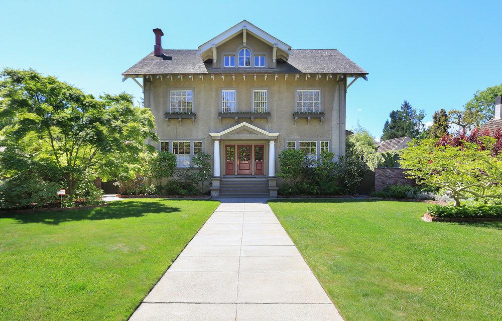 1300 Hamilton Ave Palo Alto Blu Skye Media-2067-Edit-X2.jpg