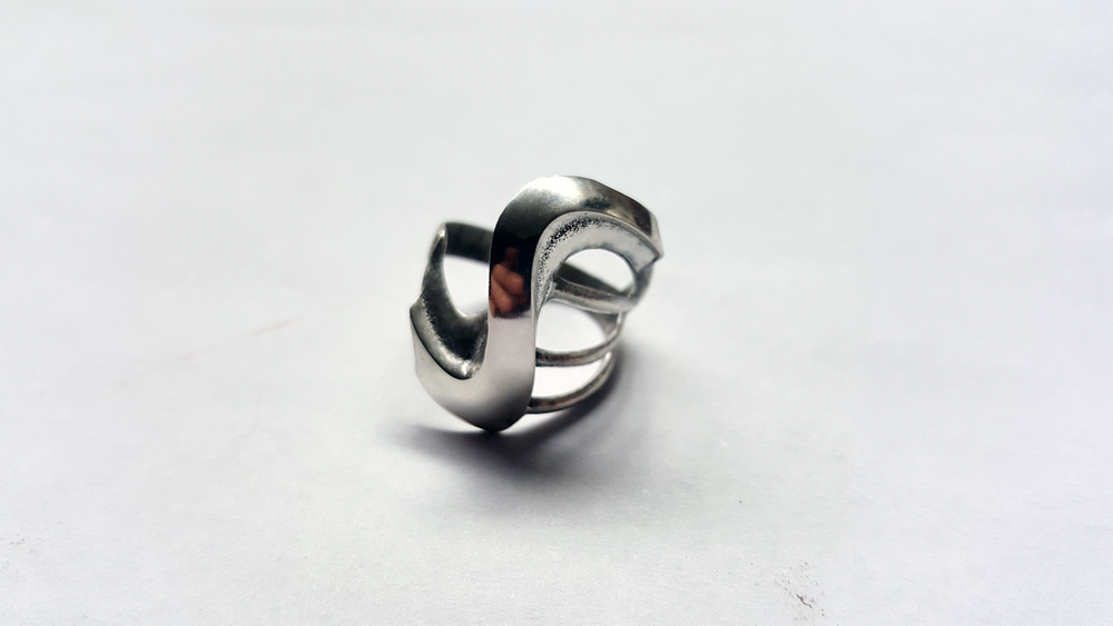 """Fluidity Ring"""