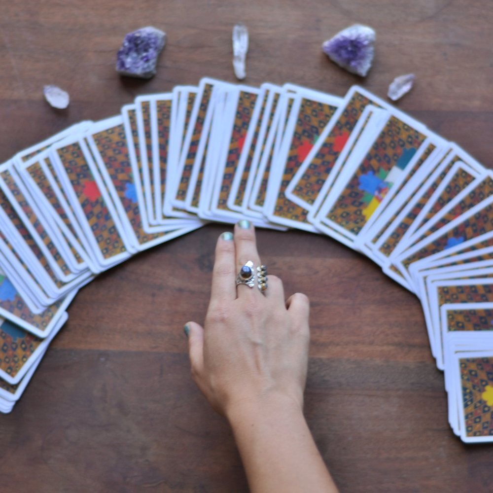 Helen Schmidt   Los Angeles, CA    Virtual Sessions Available      Tarot Readings